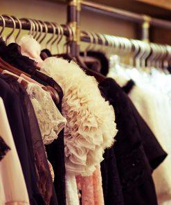שדרת הבגדים